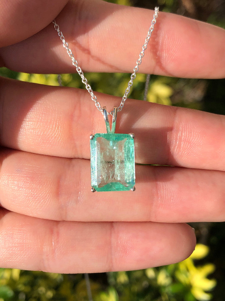 6.59 Carats Large Natural Colombian Emerald Pendant Sterling Silver 18