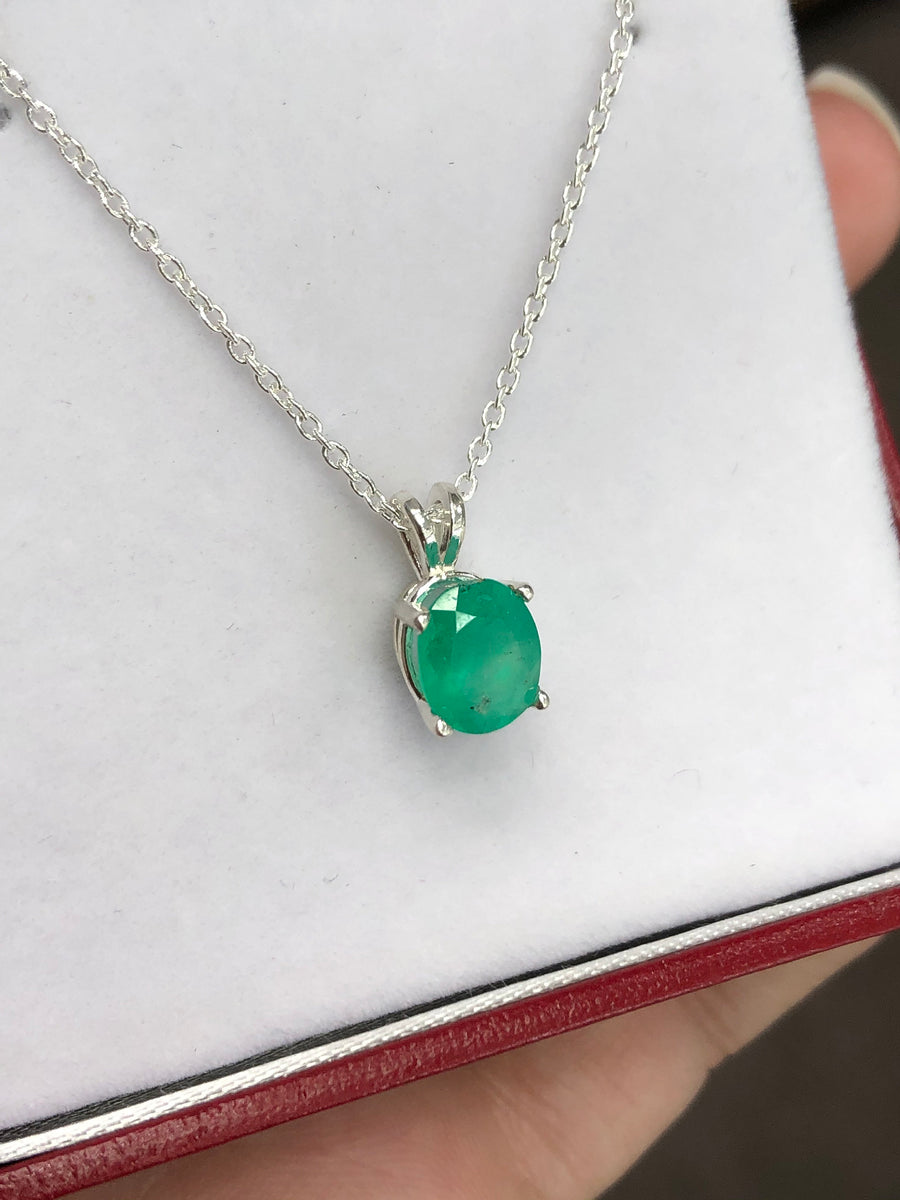 1.52 Carat MAY Colombian Emerald Oval Cut Pendant Sterling Silver 18