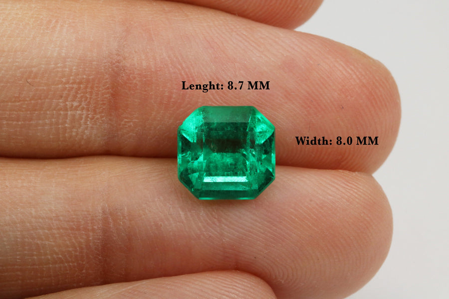 2.55 Carat AAA+ Vivid Green Colombian Emerald Asscher Cut 8.5x8.5MM