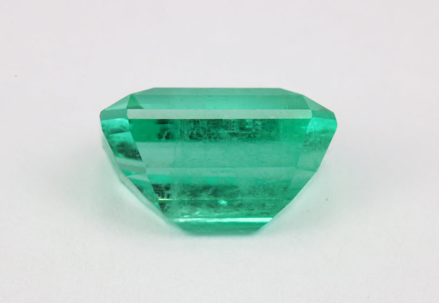 2.96 Carat Glowing Emerald Cut Loose Colombian Emerald Gemstone 10x7MM
