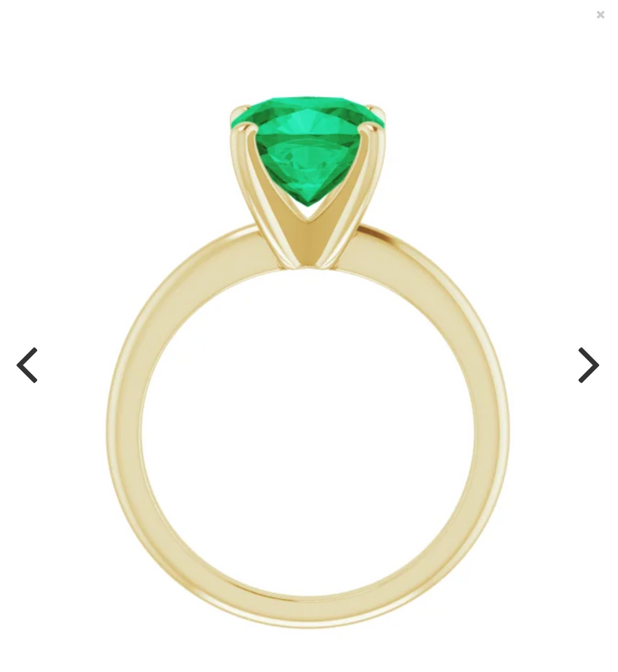 Colombian emerald cushion cut 5.87 Carat