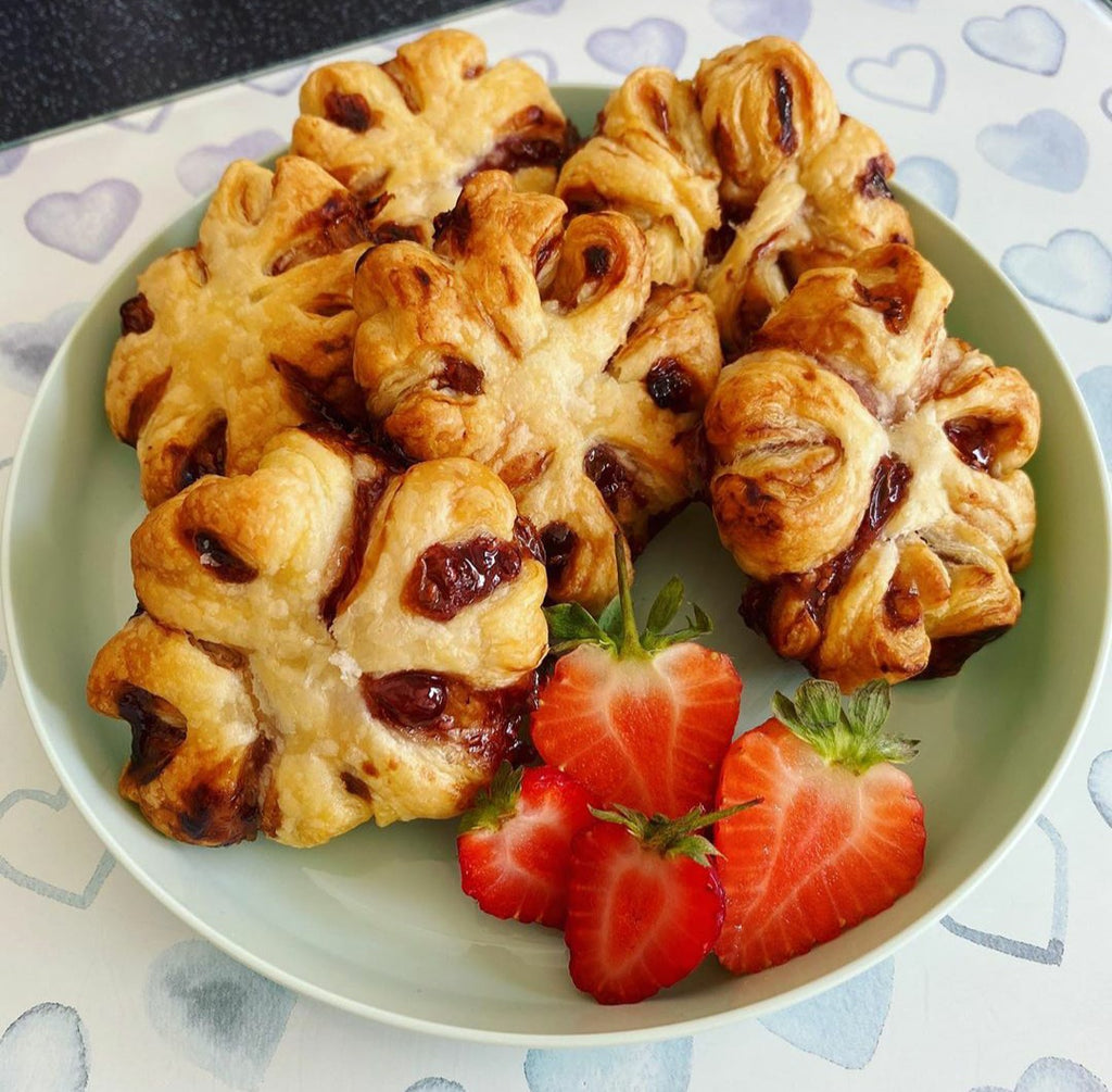 Jammy Puff Pastries