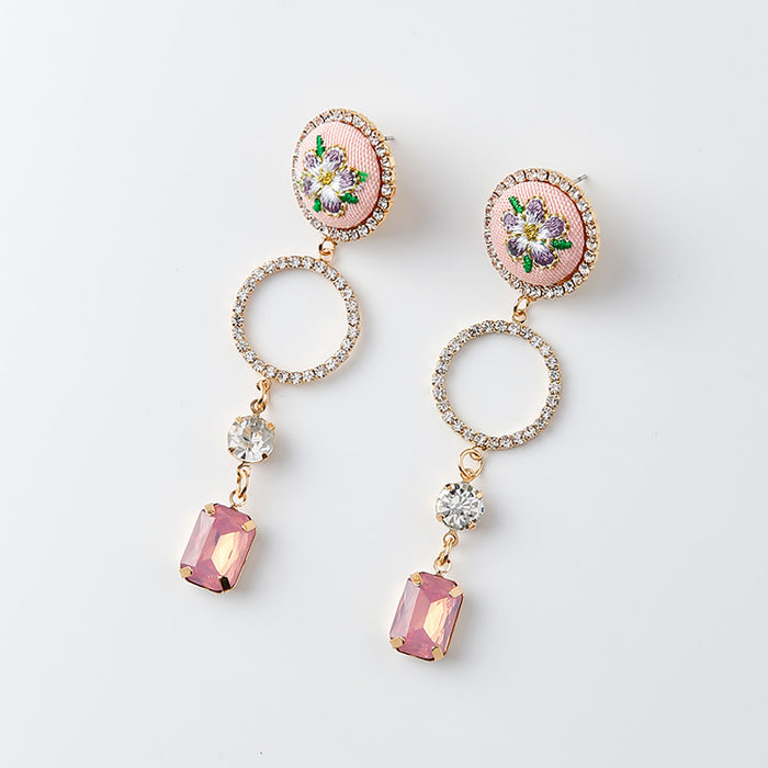 La Belle Delicate Flower Earrings