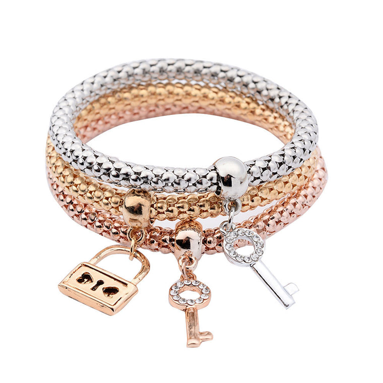My Dreams My Love Retro Pendant Lock Bracelet