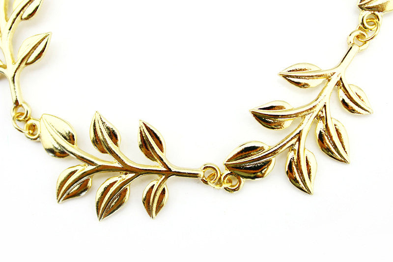 Sweet Susanna Adorable Leaf Hair Clip