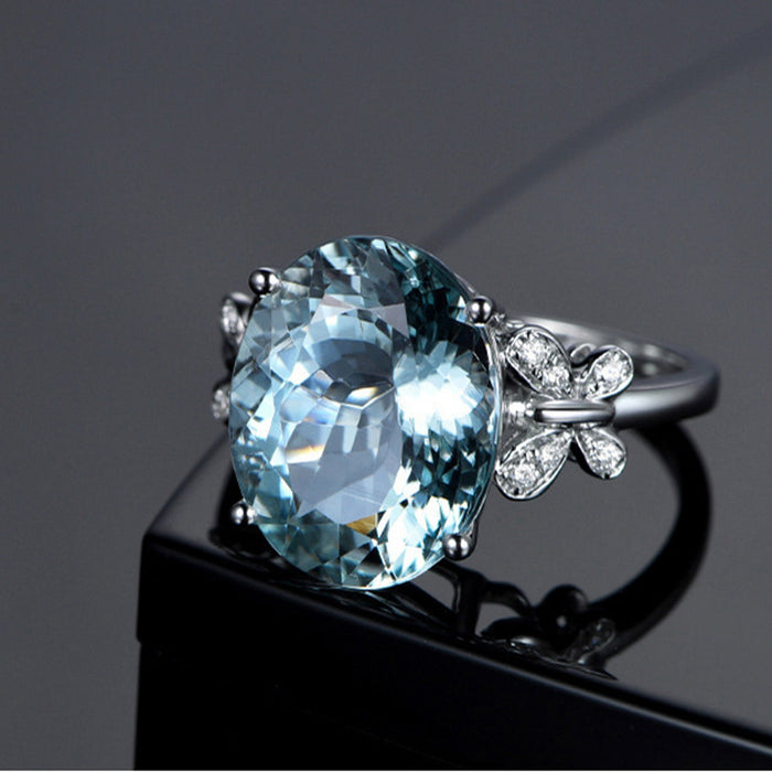 Crystal Snowflake Exquisite Ring