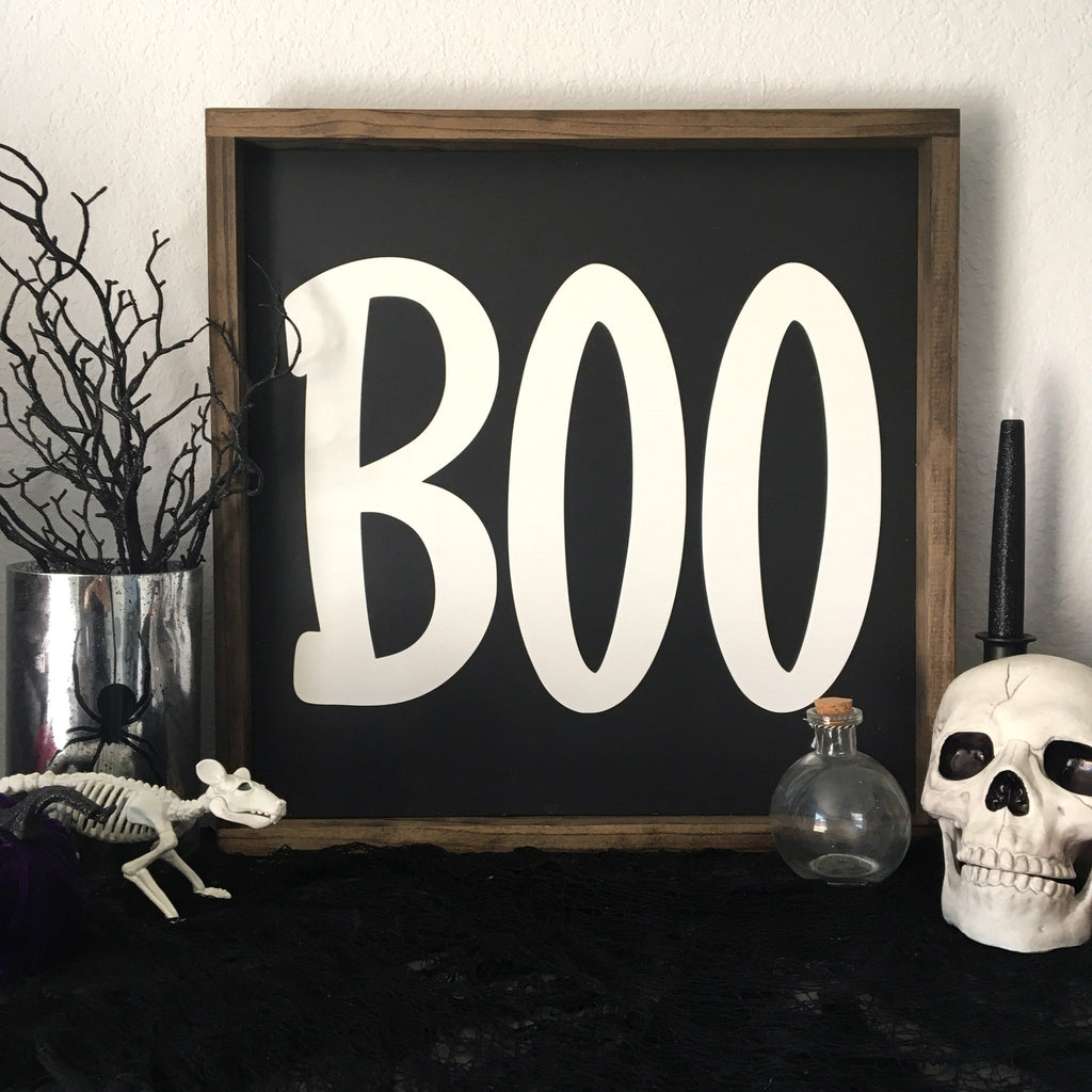 "BOO | 18""x18"" 