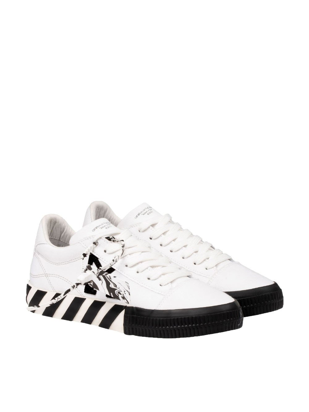 OFF-WHITE WOMEN Arrow vulcanised low-top sneakers White/Black