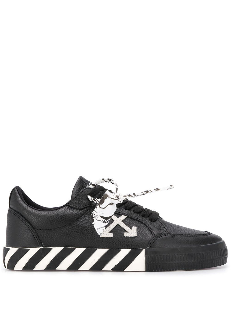 OFF-WHITE low vulcanized leather sneakers black/white