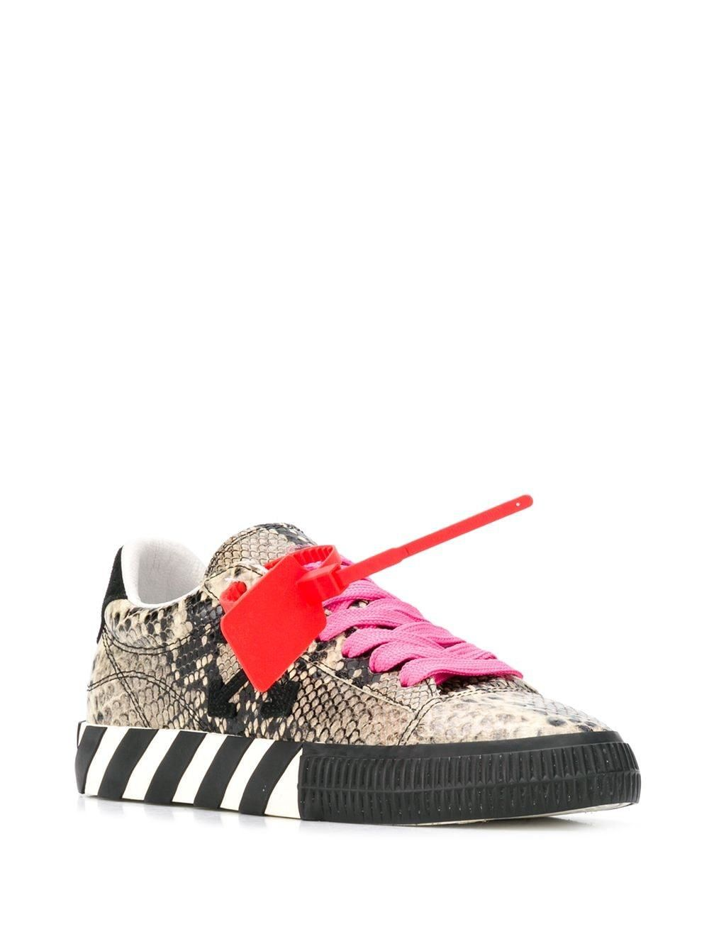 OFF-WHITE Women New Arrow Low Vulcanized Sneakers Medium Grey