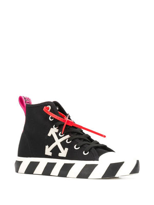 OFF-WHITE arrow stripe sneakers - Maison De Fashion