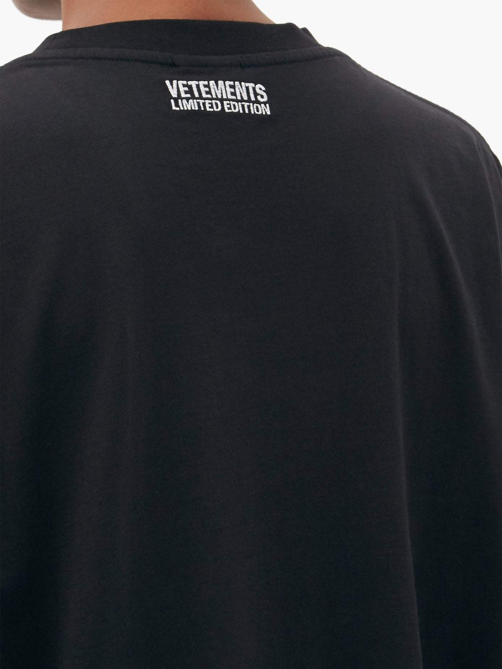 VETEMENTS Antwerp Logo T-shirt Black - Maison De Fashion