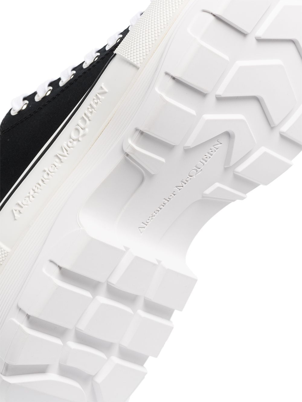 ALEXANDER MCQUEEN Tread Slick Lace-up Sneakers Black/White - Maison De Fashion