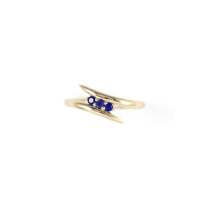 Three Stone Tusk Ring / Sapphires