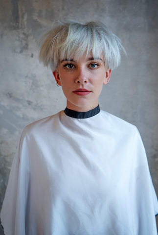 ELEVATE HAIR White Cape