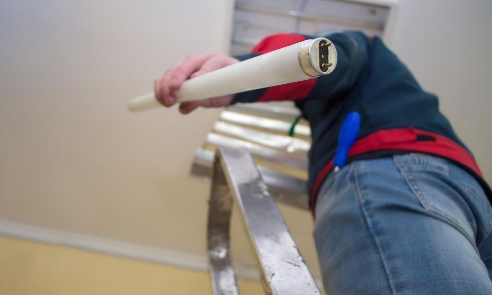 Ways to Upgrade Fluorescent Lights to LED