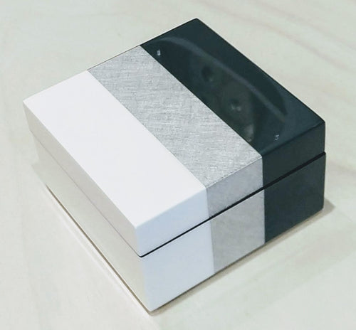 METALLIC STRIPE LACQUER BOX | SMALL