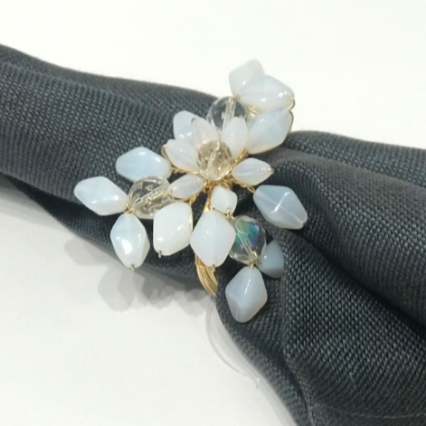 FLAKE NAPKIN RING | WHITE OPAL