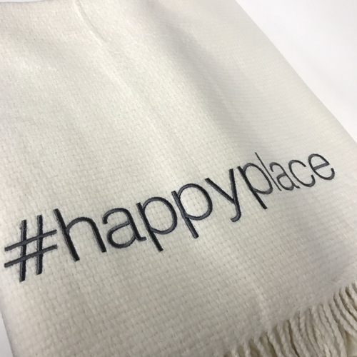 HAPPY PLACE THROW | CREAM & GREY