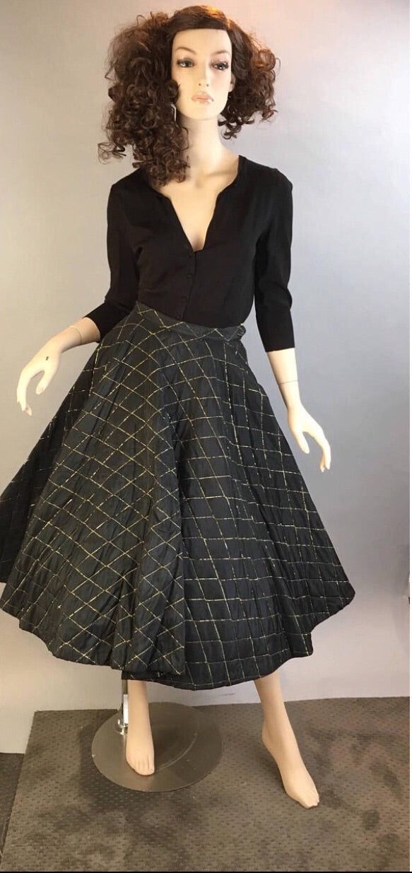 Vintage 50s Skirt// Holiday Circle Skirt // Mad Men Quilted Circle Skirt (F1)