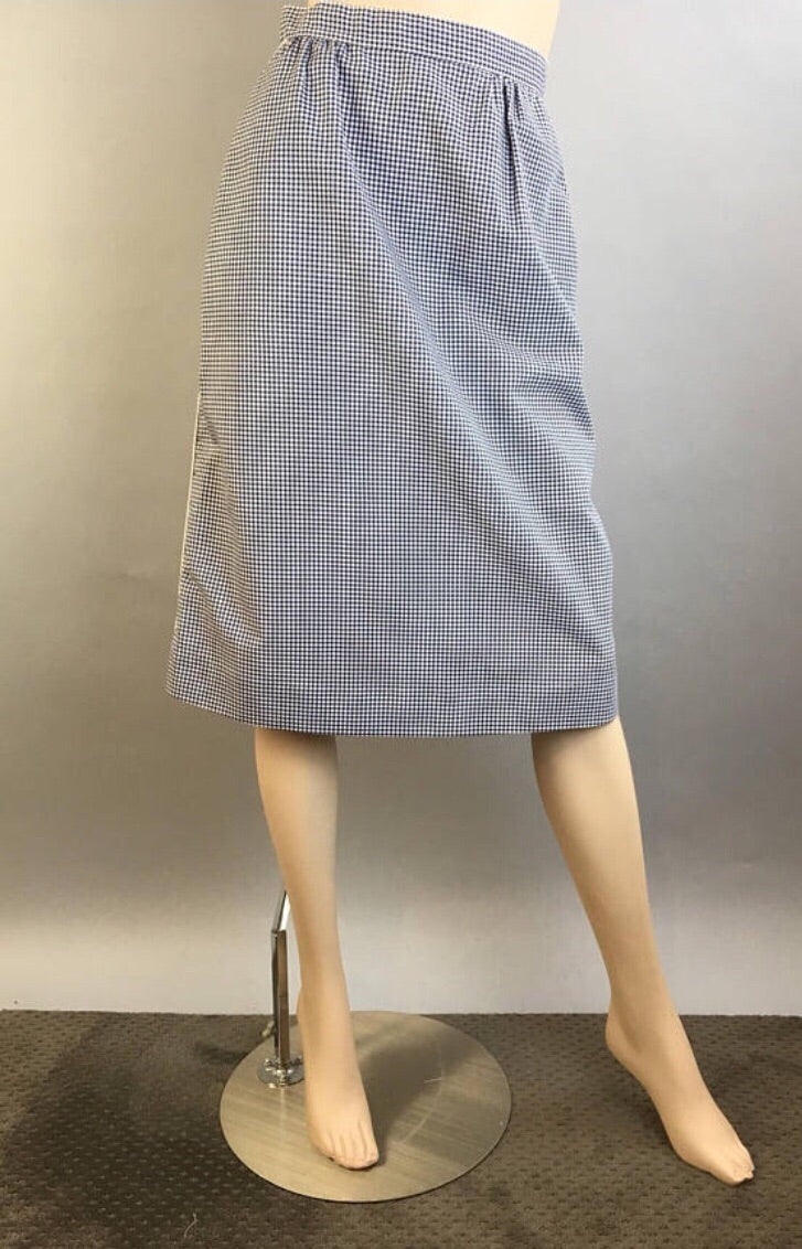 Gingham Skirt// Vintage 70s Gingham Skirt With White Piping// Vintage 70s A-line Gingham Skirt (F1)
