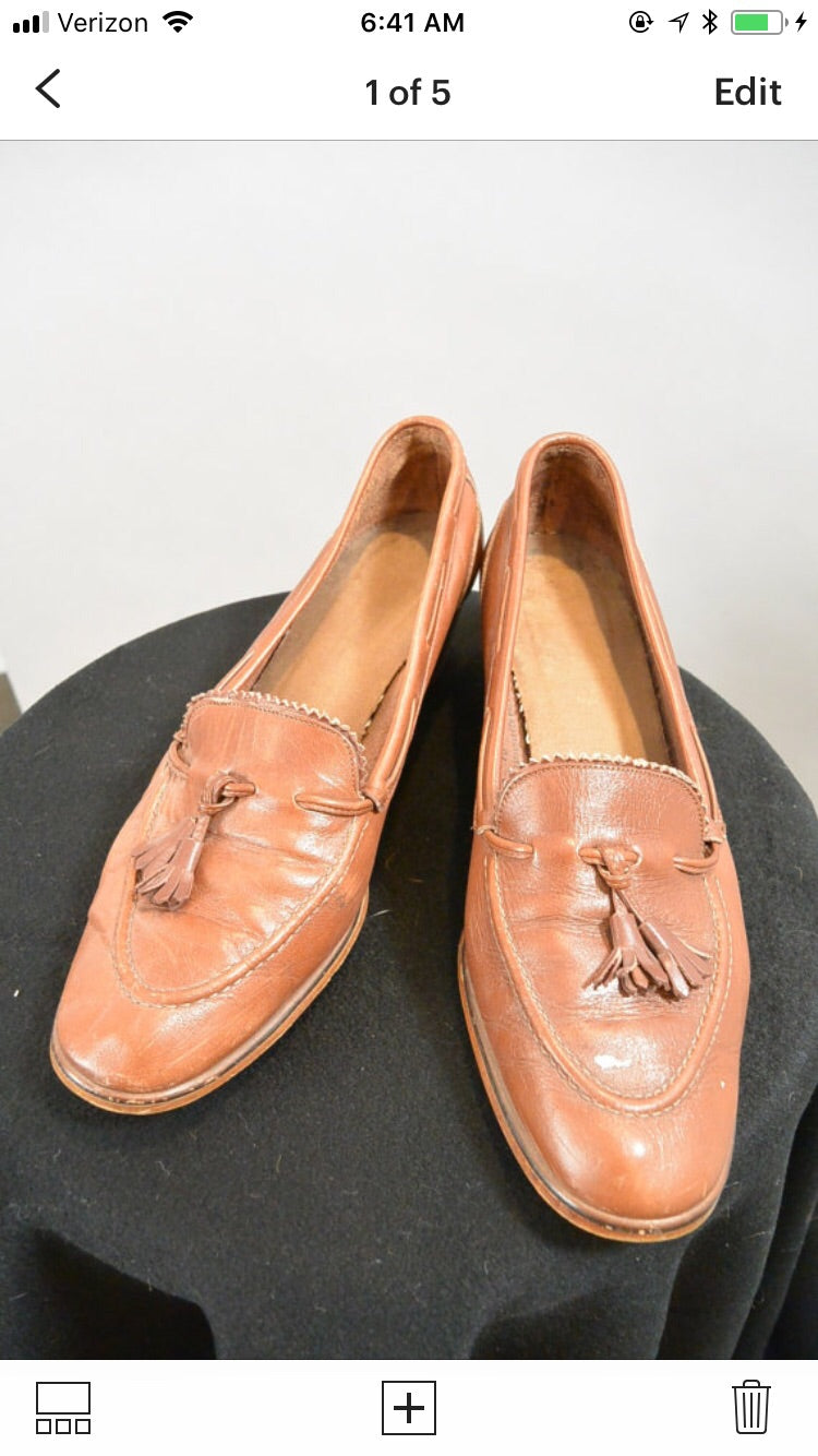 3400fc6a217e7 Vintage 70s Penny Loafers// 70s Loafer Pumps// Loafers with Tassels (F1)