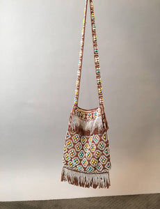 Adorable acrylic bead purse// 70s Beaded Purse// Vintage Fringe Hippie Purse (F1)