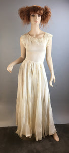 Beautiful 50s Wedding Dress// Vintage Pima Bridal Gown// Vintage Wedding Dress (F1)
