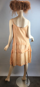 Vintage 20s Dress// Drepression Era Taffeta Dress// Peach Flapper Dress (F1)