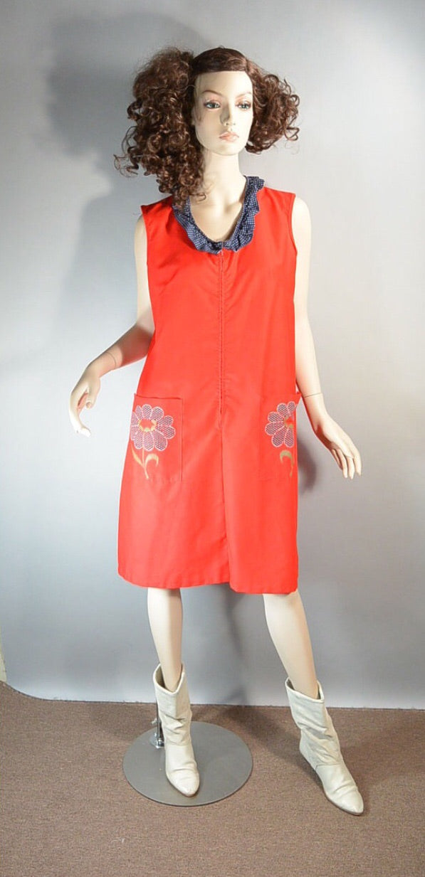 Red Art Smock Dress// Brady Bunch Dress// 60s Shift Dress (F1)