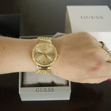 Guess - W1083L2 - Azzam Watches