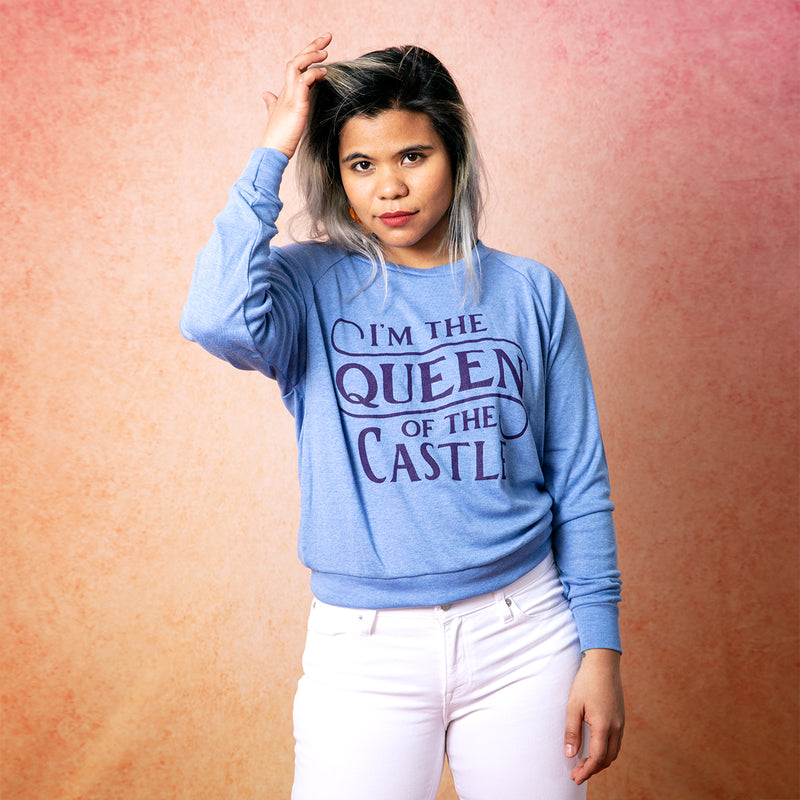 QUEEN OF THE CASTLE Light Weight Raglan Pullover