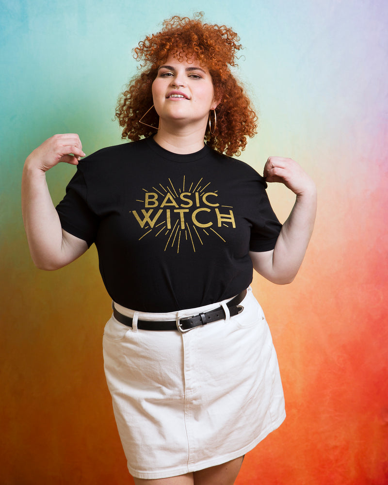 BASIC WITCH Unisex T-shirt