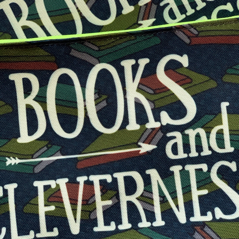 CLEVERNESS & BOOKS Cosmetic Bag