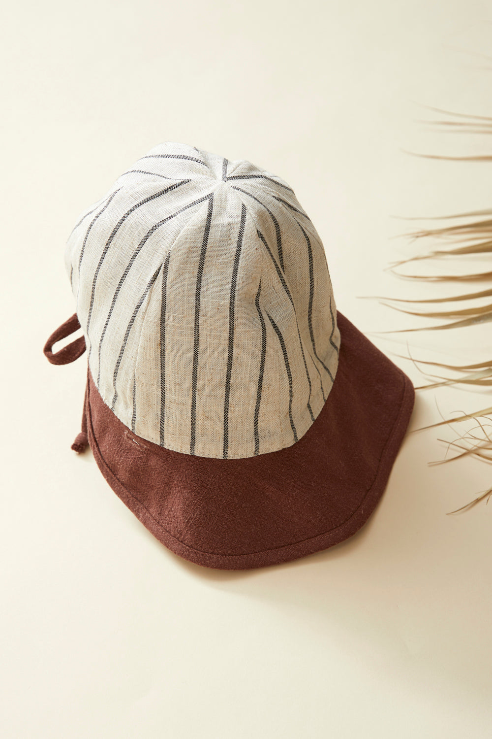 GOYAVE hat — Striped Linen