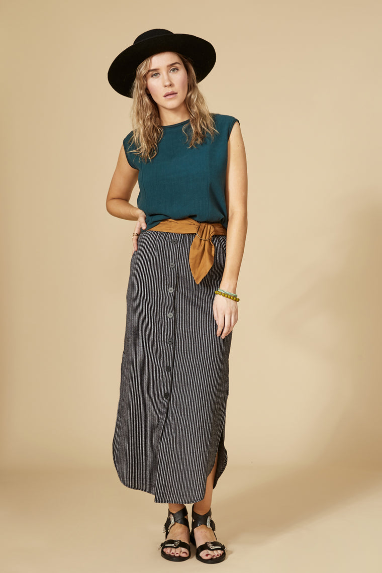 VIPERE Skirt — Black Striped