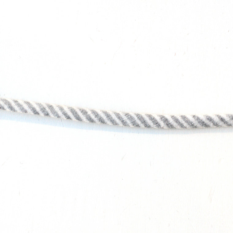 Spaghetti - White and Grey striped - 1/4