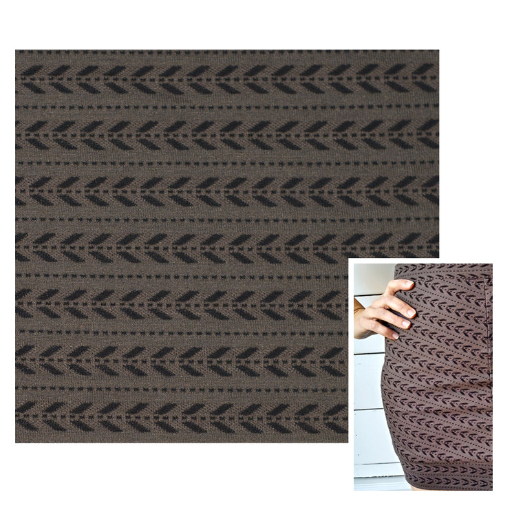 cokluch-tissu-tricot-jacquard-imprime-fleches-taupe