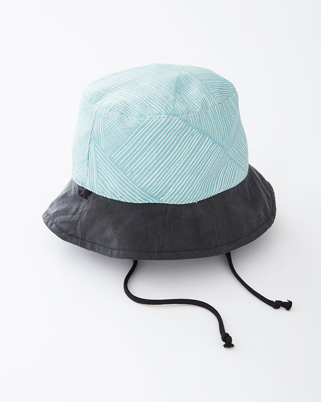 MENE reversible hat - Turquoise/Striped