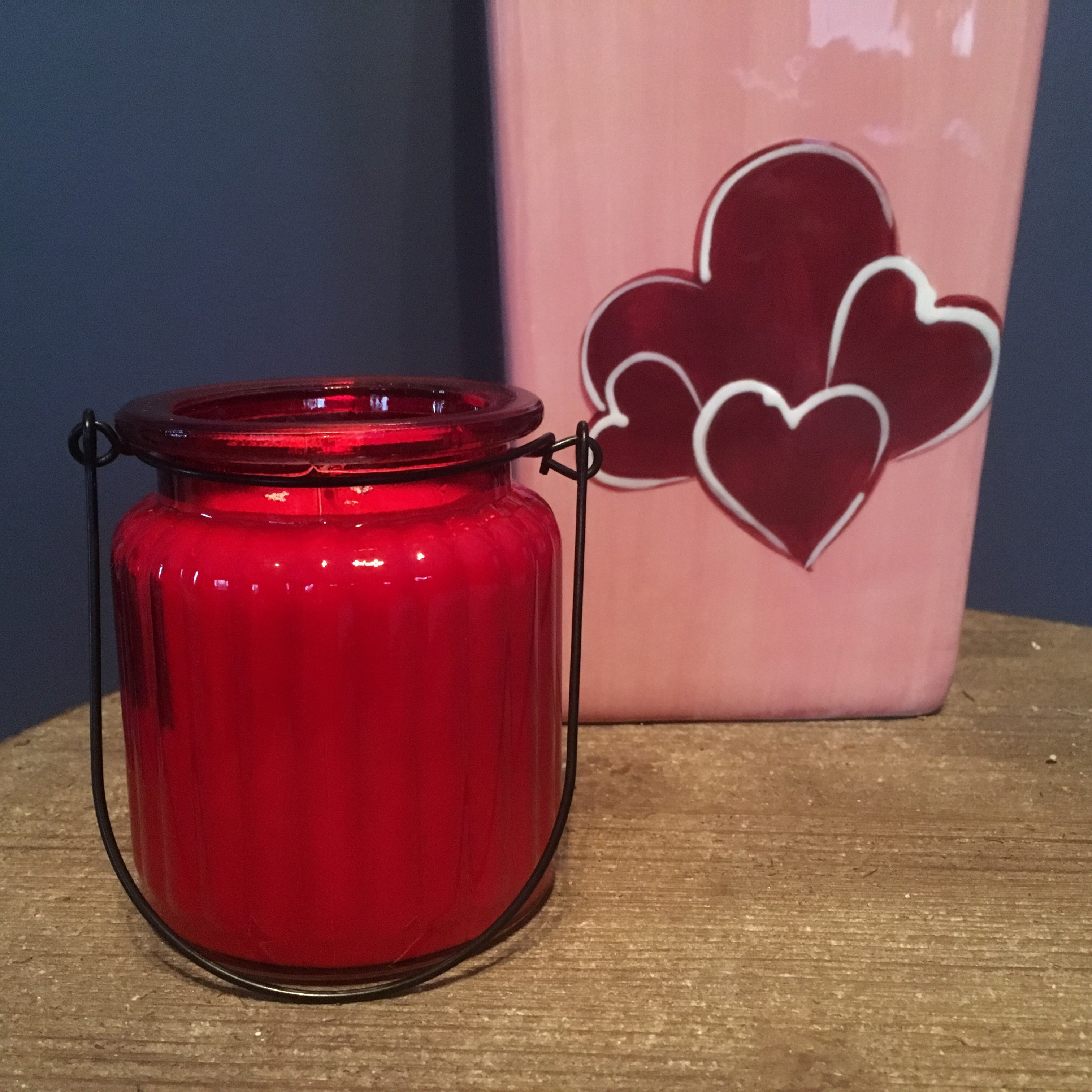 RED RIBBED HANDLE - Jamcat Candles
