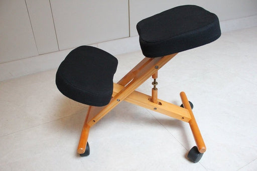 Kneeling Chair with Memory Foam Cherry Wooden Frame Black Fabric