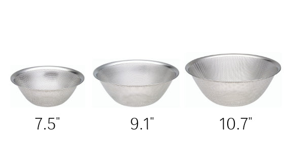 Sori Yanagi 18-8 Stainless Punched Strainer 3pcs Set - Rust proof - Dishwasher safe - Fine punched holes are suitable for draining and straining foods large and small - Easy to clean