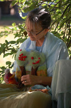 The Art of Outdoor Puppetry - A 4 week Back to School Online course beginning August 6