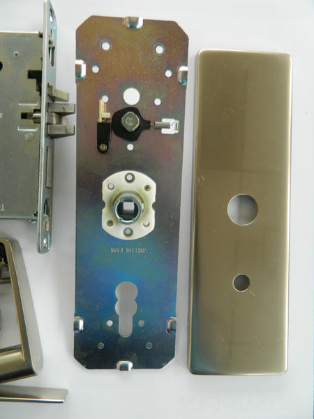 Onity HT24i Electronic Hotel Room Lock Satin Nickel Finish USED