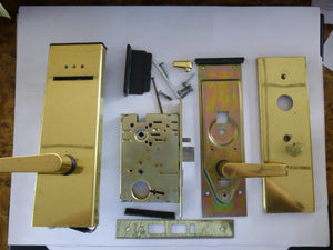 Saflok SL2500 Electronic Door Lock Satin Brass Finish - Front View