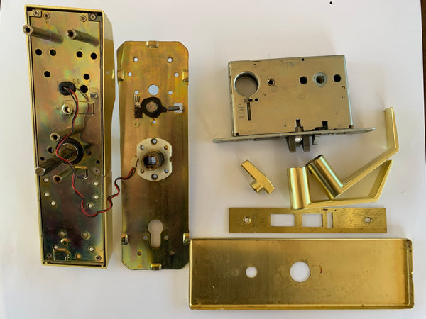Onity HT24i Electronic Hotel Room Lock Satin Brass with SUPRA Directkey Module USED