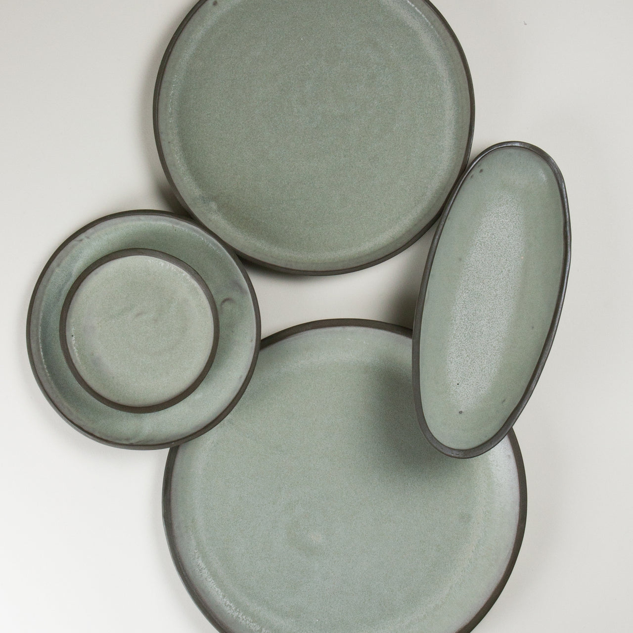 Elements French Green Plates 3