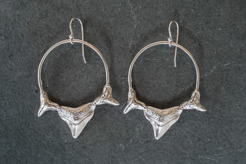 Triple Shark Tooth Hoop Earrings