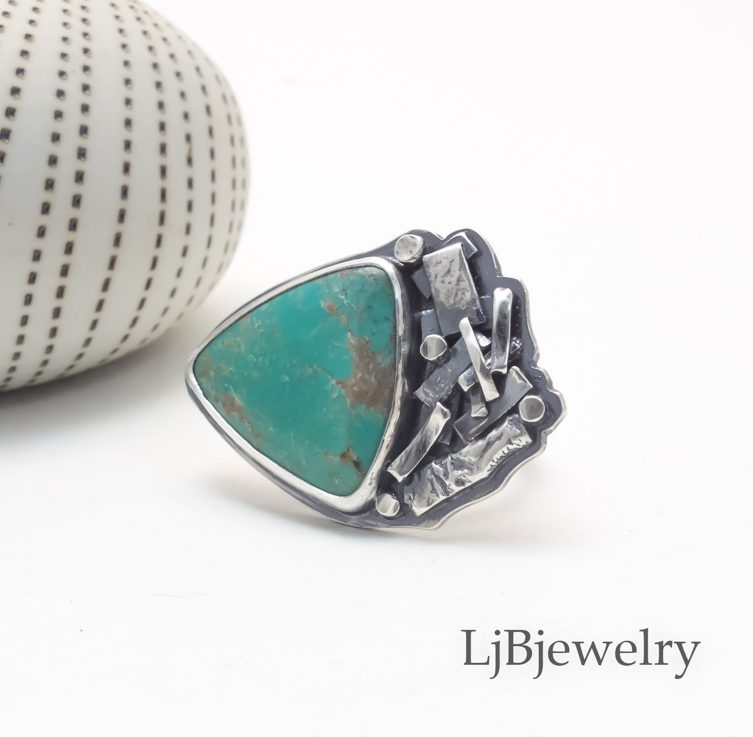 sterling silver kingman turquoise statement ring