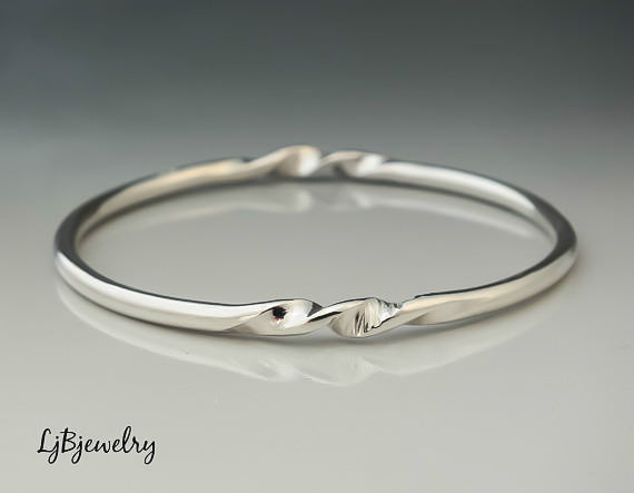 chunky silver twisted bangle bracelet without patina